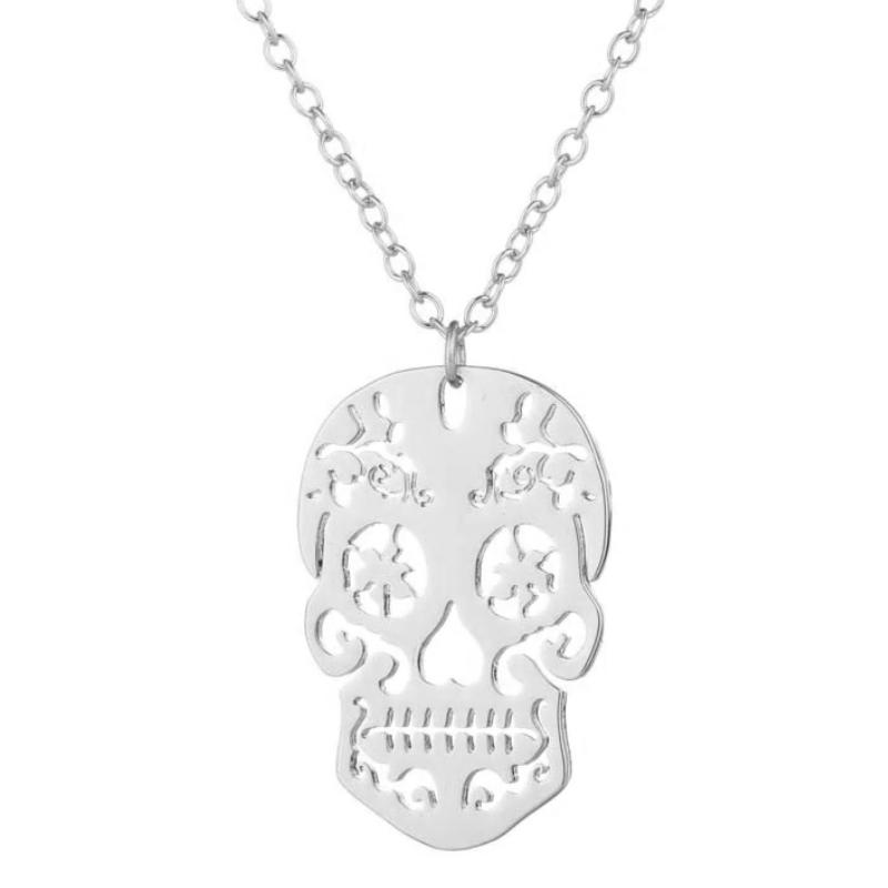 Postriebrený náhrdelník - lebka