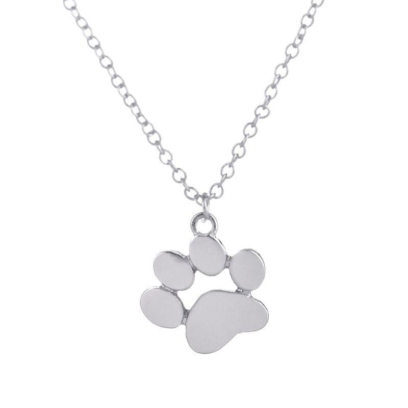 Postriebrený náhrdelník psie labka
