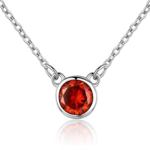 Strieborný náhrdelník s okrúhlym ružovým kameňom
