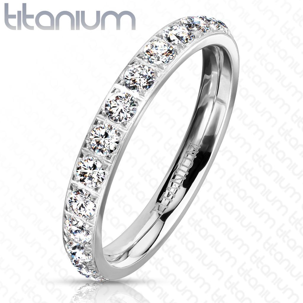 Dámsky prsteň titan sa zirkónmi, veľ. 55