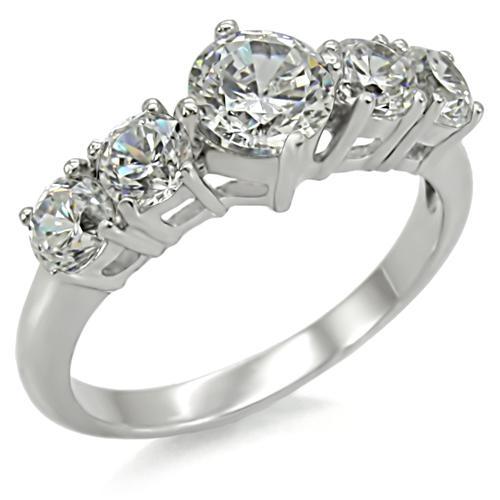 Ocelový prsten zdobený zirkony