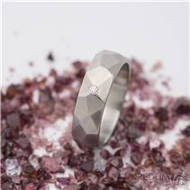 Dámský kovaný ocelový prsten Skalák matný, diamant 1.5 mm