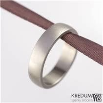 Dámský kovaný titanový prsten matný