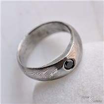 Kovaný prsten damasteel černý diamant 2,7 mm