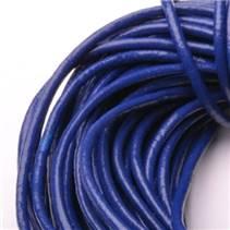 Kožená šňůrka kulatá námořnická modrá, tl. 2 mm
