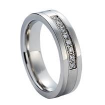 NSS1006 Dámský snubní prsten se zirkony