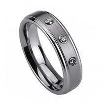 NWF1005 Dámský snubní prsten se 3mi zirkony