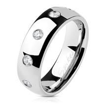 OPR0100 Dámský ocelový prsten se zirkony