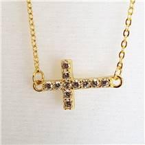 Pozlacený stříbrný náhrdelník - křížek se zirkony