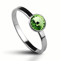 Stříbrný prsten s kamenem Crystals from Swarovski®, barva: PERIDOT