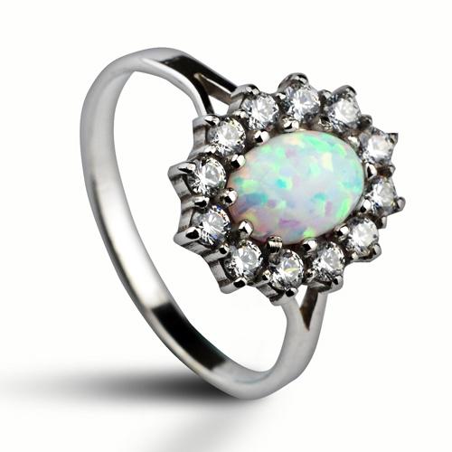 427efc3d1 Stříbrný prsten se zirkony a bílým opálem   Šperky4U.eu
