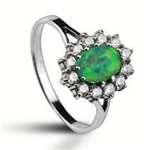 Stříbrný prsten se zirkony a zeleným opálem